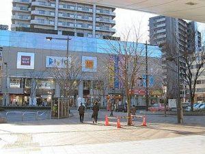 赤羽駅の駅前