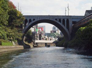 聖橋と神田川