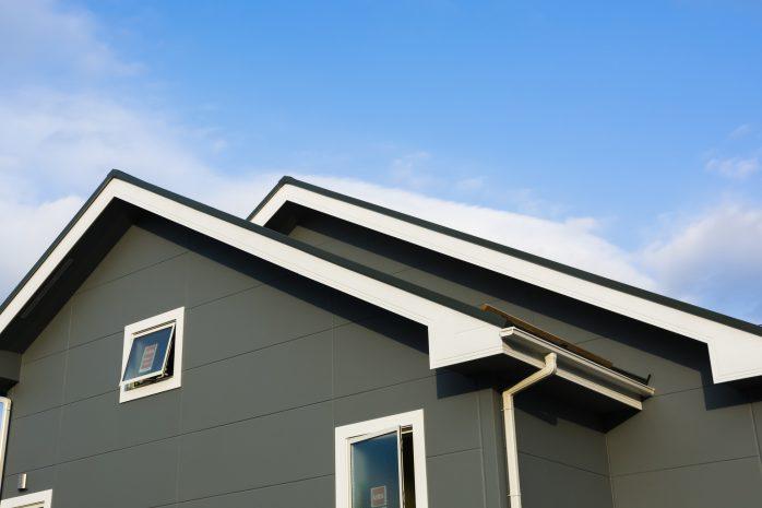一戸建ての屋根はどう選ぶ?種類によるデザインや機能の違いとは