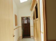 縦長になった玄関と土間スペース