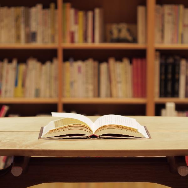小さな出版社のキラリと光る5冊。