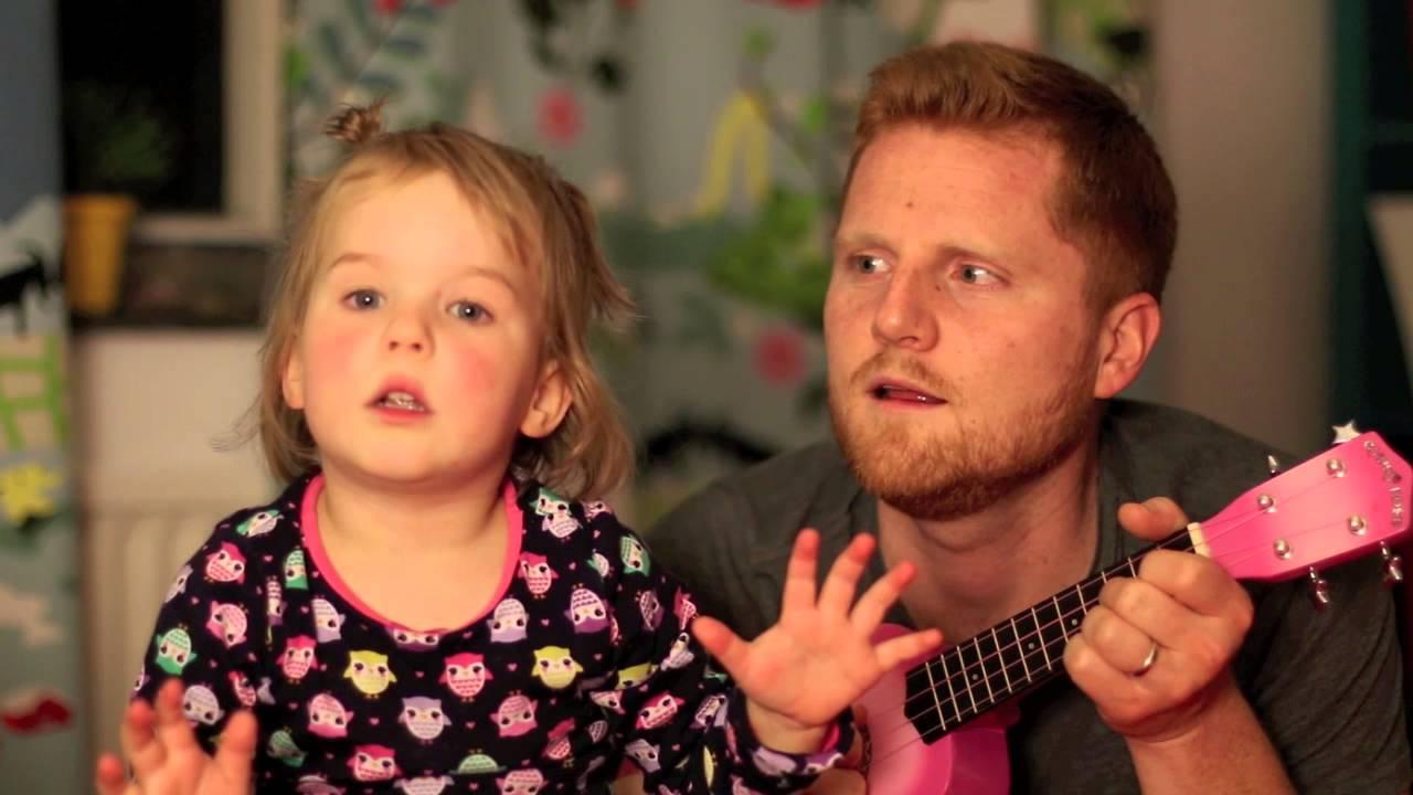 今晚爹地陪我唱歌