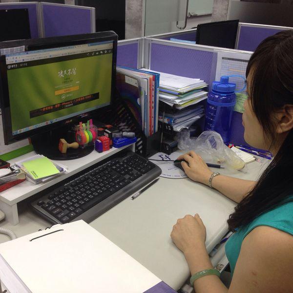 黃媽媽 - 不只學英文,連寶寶都可以同時照顧了!
