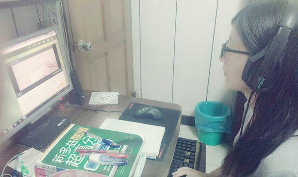 王同學,大四生 - 哇,自己竟然能聽得懂英文影片!