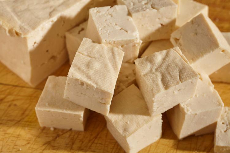 「木綿豆腐」と「絹ごし豆腐」の違いは?