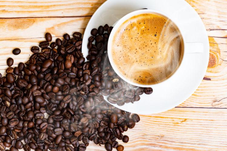 犬がカフェイン中毒を起こす可能性があるカフェオレ
