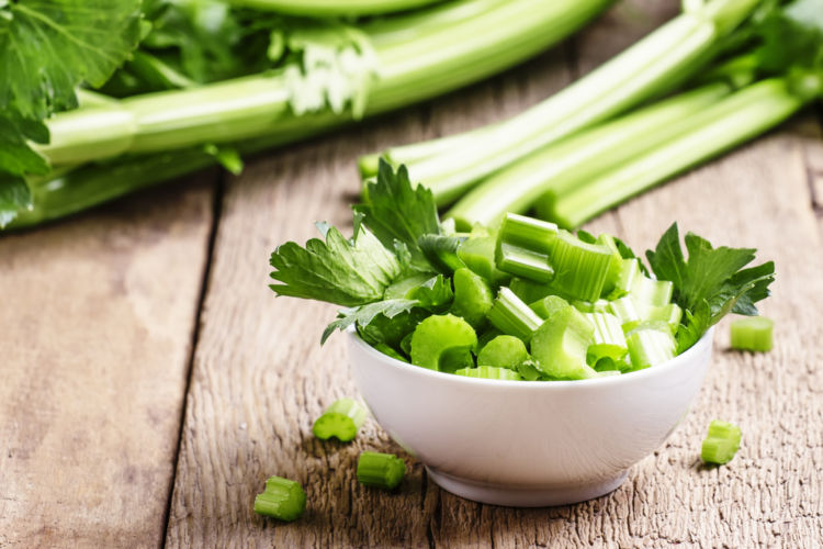 メリット①「豊富な食物繊維で便通を改善」