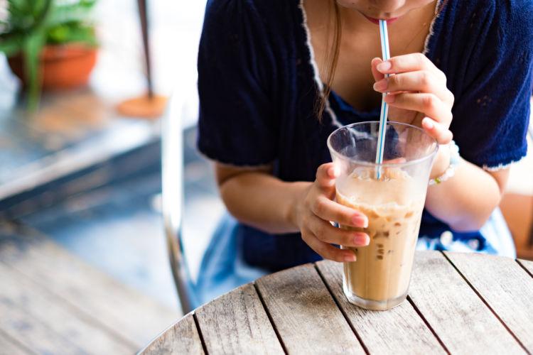 カフェイン 推奨摂取量