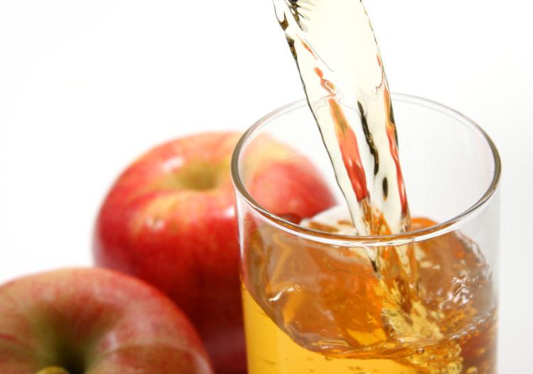 りんごジュースを与える際の注意点③「飲みすぎに注意」