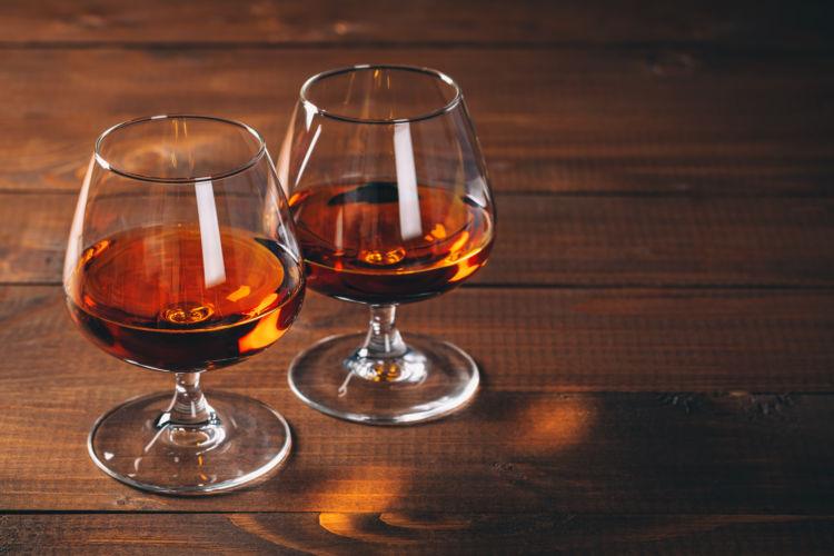 犬に与えてはダメ!危険なアルコール(お酒)の種類⑦「ブランデー」