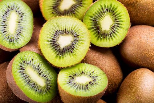 キウイフルーツの栄養素①「アクチニジン」が豊富