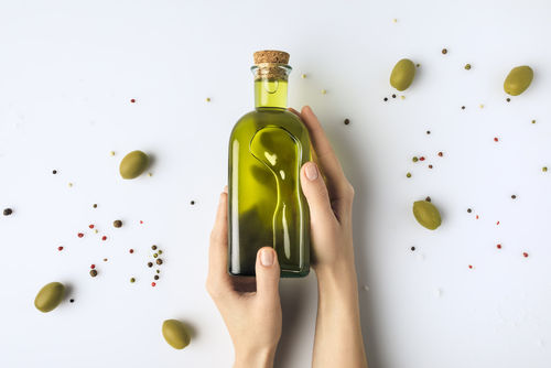 オリーブオイルに含まれる栄養素②「ポリフェノール」「ビタミンE」など高い抗酸化作用