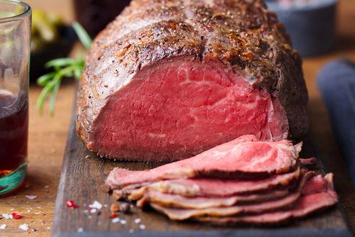 おすすめレシピ1【電子レンジで作る簡単「牛もも肉」のローストビーフ】