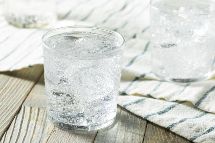 与えて大丈夫な飲み物⑥【炭酸水】