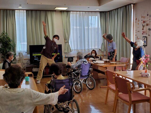 介護福祉士【2022年卒新卒採用】:正社員【株式会社ふれあい広場】