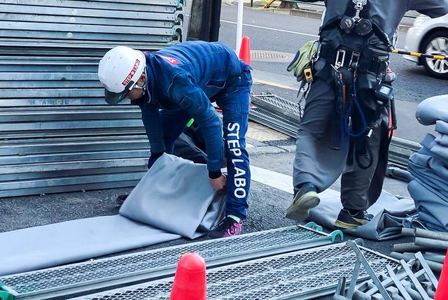 東京都内の足場組立・解体スタッフ