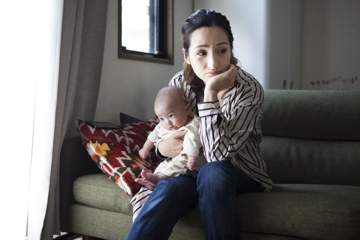 生後6ヶ月の子育てで育児疲れを感じたとき。悩みに対する対応や預け先など