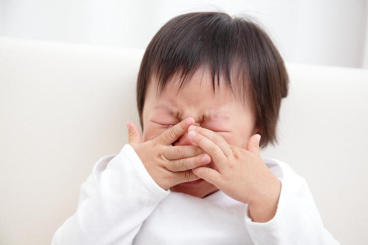 叫ぶ 寝 てる 時 良く寝ている時、(前髪を)手グシをして引っかかる部分をそのまま強引