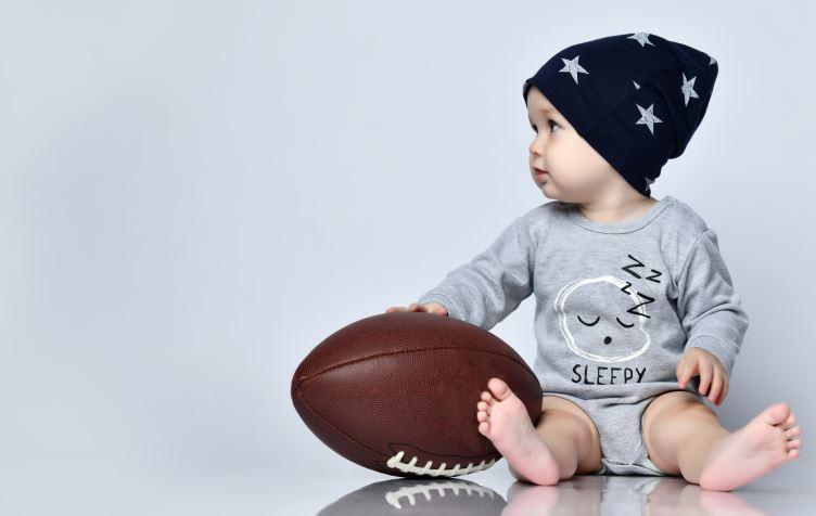 子ども服のおさがりの考え方。おさがりを譲るときに意識していることや渡す前の工夫