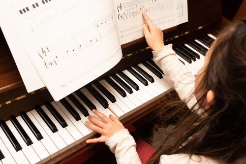 ピアノの発表会への出演を嫌がる子ども。発表会を嫌がる理由や対処法