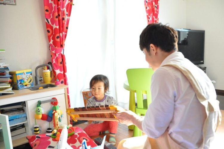 木琴で遊ぶ