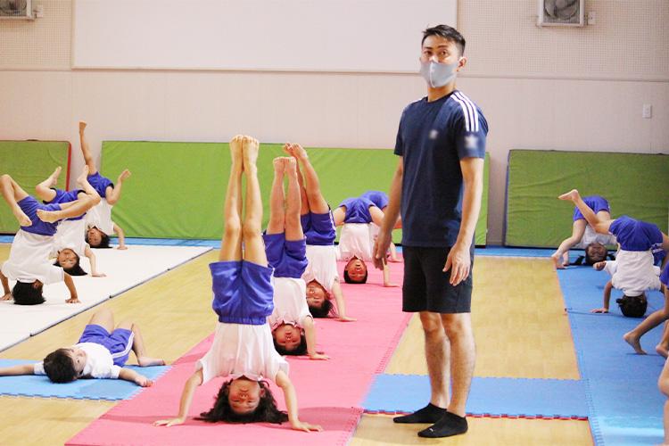 専任講師が指導する体操