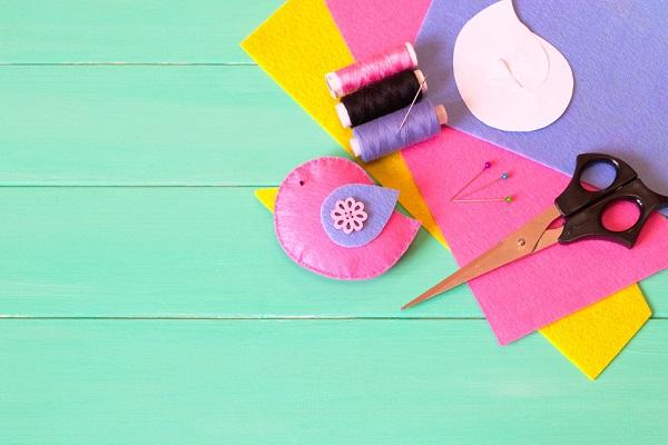 保育士の手作り名札の作り方。フェルトや型紙を使って簡単に作れるアイデア