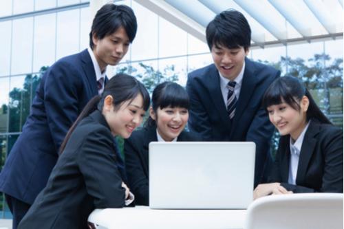 新卒保育士の就職活動の方法とコツ