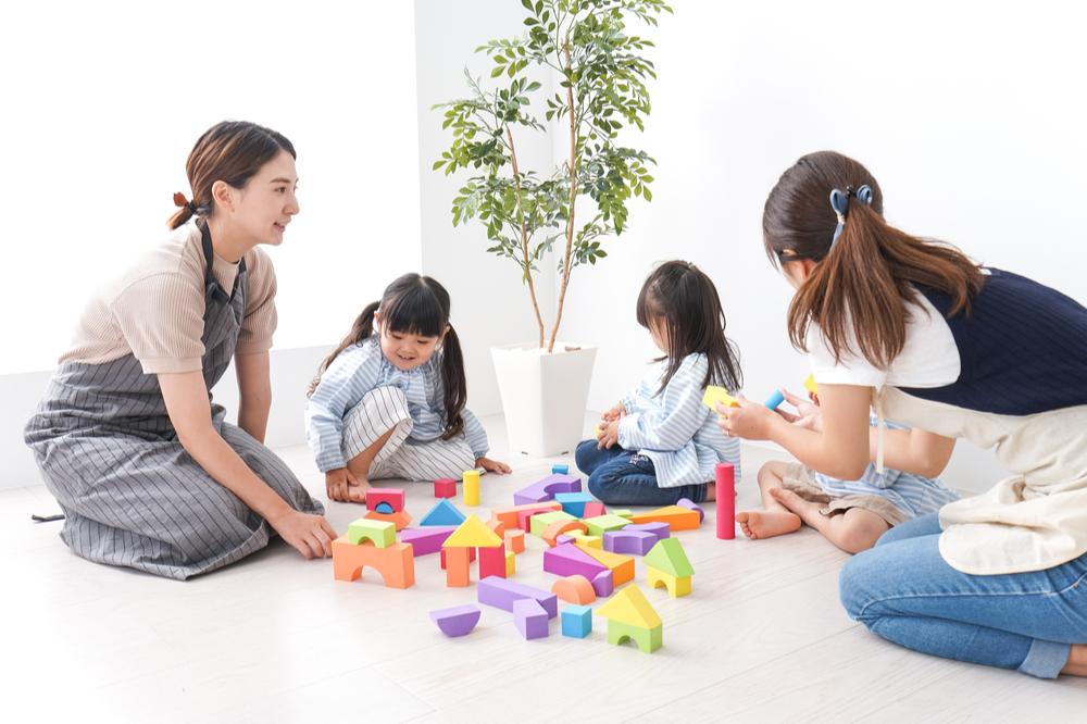 保育士資格や幼稚園教諭免許が生かせる就職先とは選び方