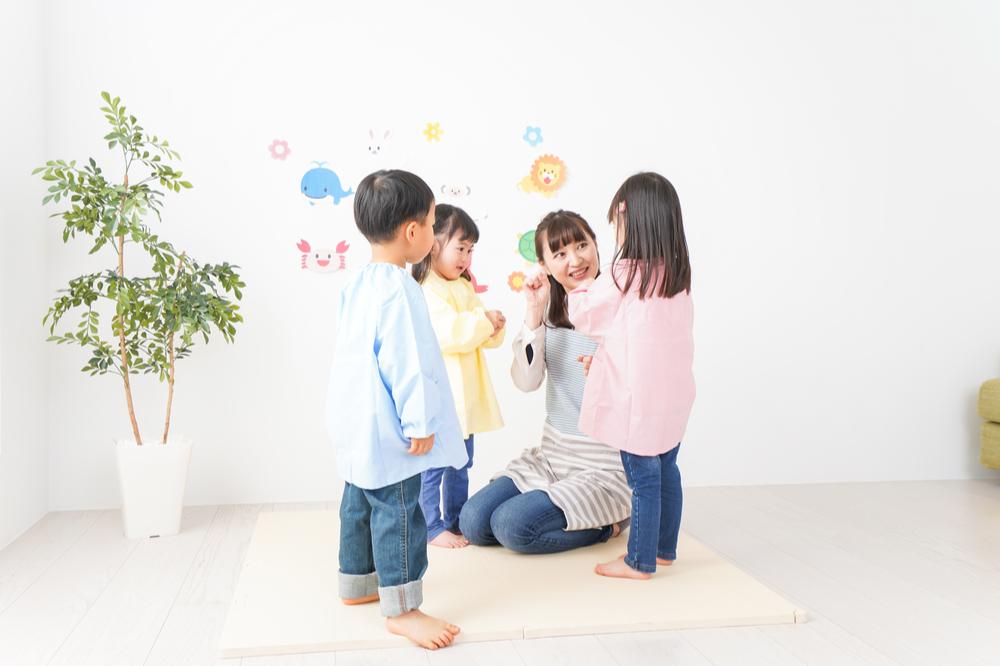 保育実習に行う自己紹介取り入れたい遊び例や自己紹介グッズの作り方