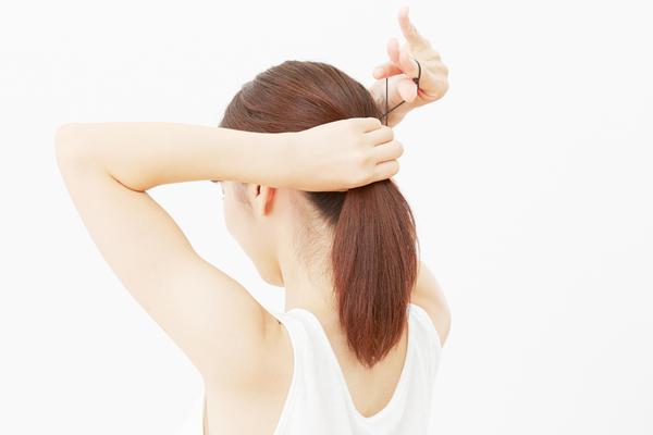 保育士の仕事に適した髪型の考え方ロングやショートのアレンジ