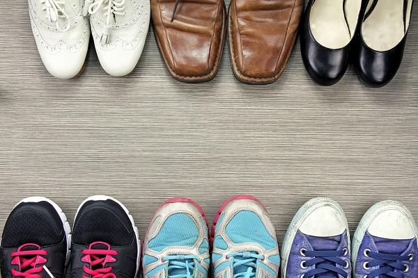 保育士の靴や靴下の選び方。通勤や雪遊びなど用途に合わせて選ぶときのポイント
