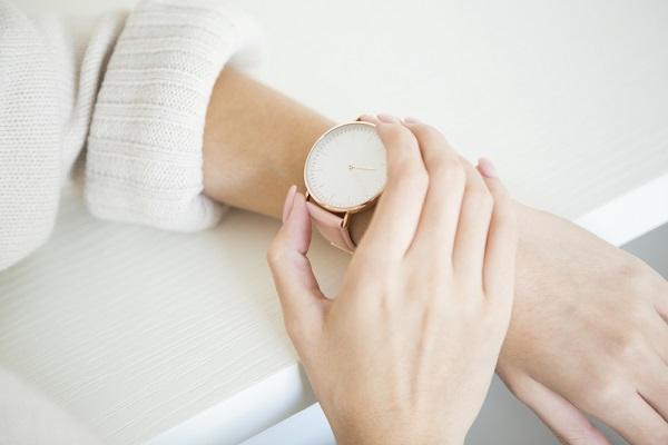 保育士にとって腕時計は必要?保育現場で使いやすい腕時計の選び方やポイント