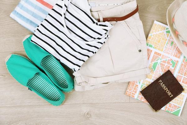 大学生の服はどこで買う?通販や店頭などの買う場所や買い方など