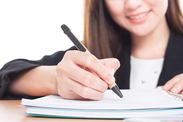 【ガクチカ例文8選】テーマ別「学生時代に力を注いだこと」の例とポイント