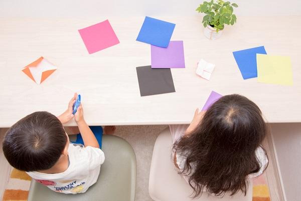 5歳児ができることの目安とは?社会性や言葉、運動などの見られる姿