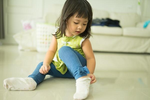 保育士の靴下事情について。カラーやキャラクターなどのデザイン、選ぶときのポイント