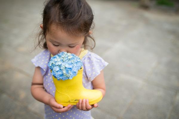 6月の2歳児の子どもの写真