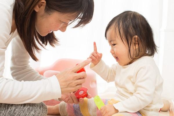 保育実習に使える簡単なハロウィン製作。子どもと作る紙コップのおばけなどの小物