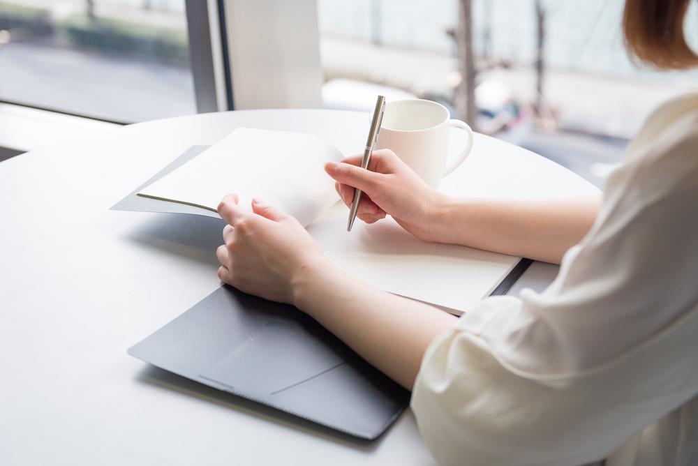 保育士の志望動機の書き方。転職や新卒など履歴書で参考にしたい例文集