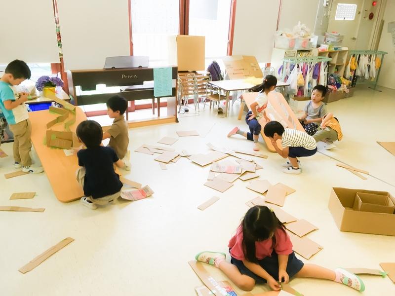 第5回 カラーボールで遊ぶ「机クーゲルバーン」【4~5歳児編】