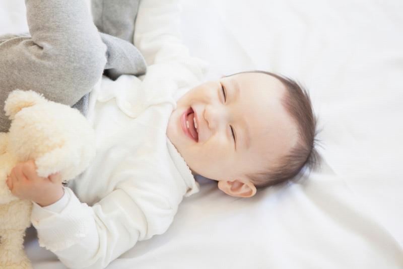【保育指針改定】乳児保育のねらい、内容の変更点を解説【0歳・未満児】