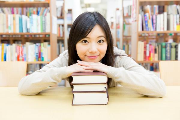 チャイルドマインダー通学・通信講座の選び方。試験の受験資格を得るには