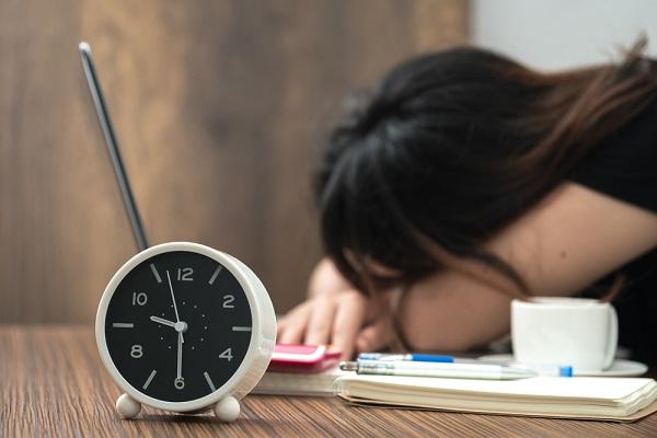 保育士の残業の実態とは?平均時間や、残業なしを実現するためのポイント