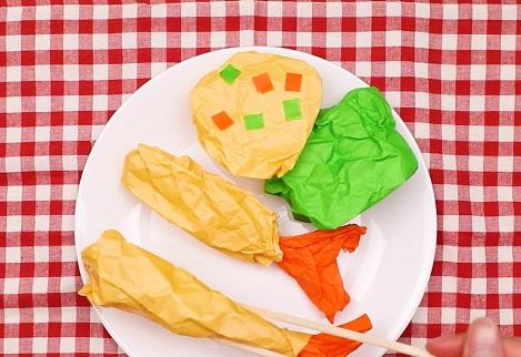 【動画】折り紙を使って簡単エビフライを作ってみよう