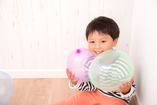 4歳児の室内遊び。ねらいや導入方法、遊びのアイディアなど