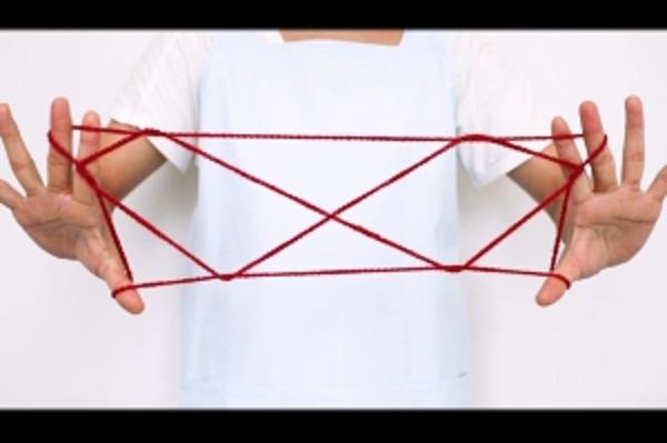 【動画】難易度レベル2!あやとりで二段はしごを作ってみよう