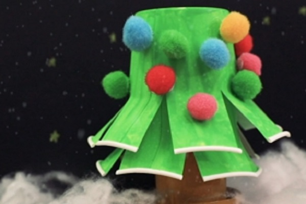 【動画】身近な素材で作るクリスマス製作。紙コップのクリスマスツリー