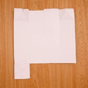 底を切って開いた紙パック