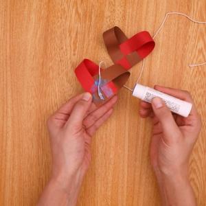 タコ糸を固定する工程
